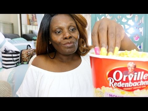 Popcorn ASMR Storytelling Eating Sounds/Soft Crunch