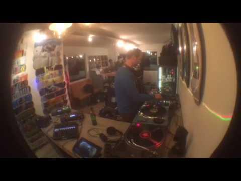 UNIT-RADIO n° 15 - Acid Anonymous Rinse VS Chris VS Kev AA - 03-03-2017