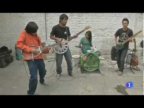 Orquesta Basura el éxito a base de instrumentos reciclados