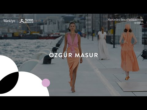 Mercedes-Benz Fashion Week Istanbul: Day 4 // Özgür Masur Runway