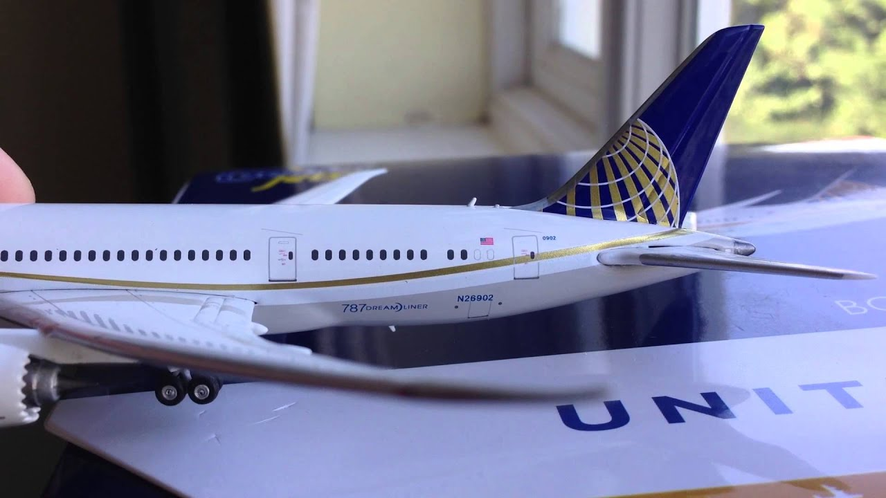 Gemini Jets United Airlines 787-8 1:400 Review!!