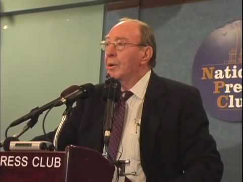Edgar Mitchell on UFOs at Press Conference