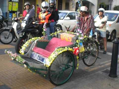 Malasia. Georgetown. Rickshawk con música 2013 music ciclo rickshaw tunning tuneado