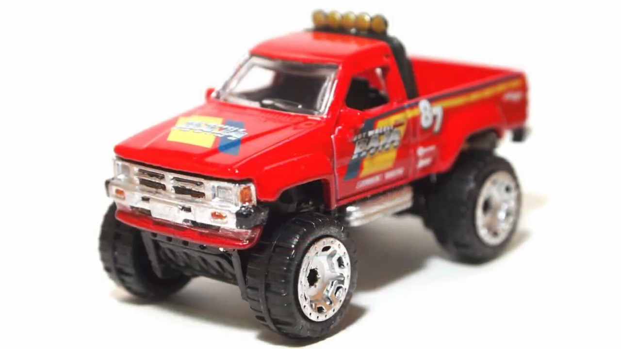 2017 hot wheels 1987 toyota pickup truck dtx74 youtube. Black Bedroom Furniture Sets. Home Design Ideas