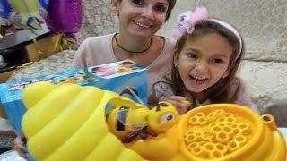 Vız vız arı oyuncak kutusu açtık , eğlenceli çocuk videosu , toys unboxing