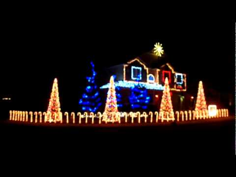 Cadger Christmas Light Show 2010 - Wizards in Winter - YouTube