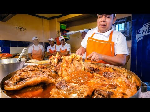 The Ultimate MEXICAN STREET FOOD TACOS Tour of Mexico City!