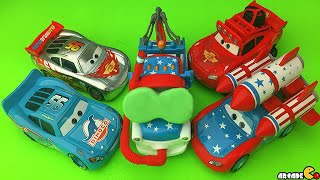 Disney Pixar Cars Toons Mater McMean And Lighting McQueen Thomas And Train Show Case Play Doh Fun!