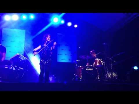 Lindsey Stirling - Zizi's Journey (Live in Manila)