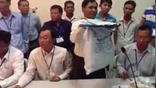 Constitutional Council Orders to Open Safefy Package Ballot in Siem Reap on August 30, 2013
