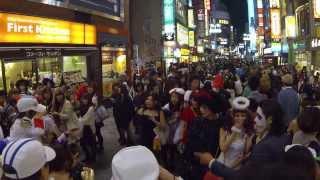 2013年10月31日(木) 渋谷センター街ハロウィン風景 渋谷センター街は、...