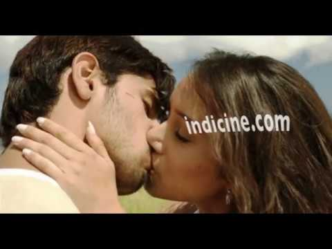 Shraddha Kapoor Kiss Video