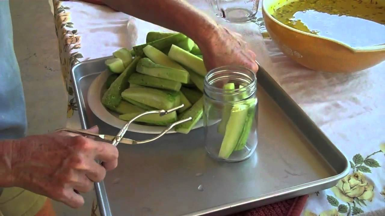 how to make dill pickles youtube