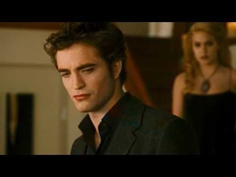 NEW MOON OFFICIAL TRAILER 2009 HD