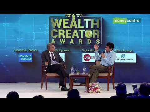 Union Minister Suresh Prabhu at Moneycontrol's Wealth Creator Awards 2018