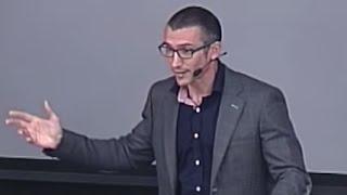 Del miedo escénico al gozo escénico | Gonzalo Álvarez | TEDxGranVía