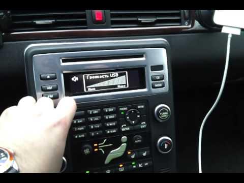 Как правильно слушать музыку в машине