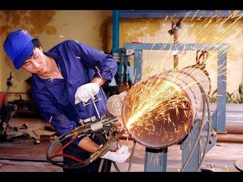 Kết quả hình ảnh cho thợ cơ khí