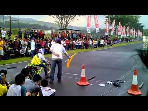 drag bike sentul..MIO FFA 350CC TSS -Tomo speed shoop ( Tble my menz )