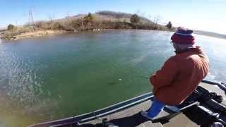 EastTNFishing: Musky Miss- GoPro Hero 4 Fishing