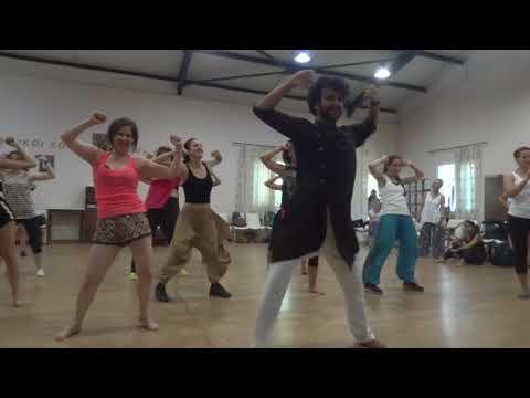 Dhol Bajne Laga, Nainowale Ne, Ek Do Teen (ATHENS, GREECE) Devesh Mirchandani