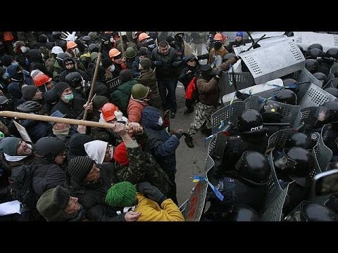 Video: New laws spark violent clashes in Ukraine