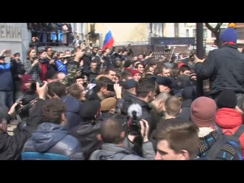 Hundreds arrested at anti-Putin protests across Russia