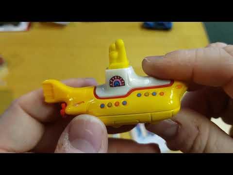 2020 Hot Wheels Screen Yellow Submarine Treasure Hunt