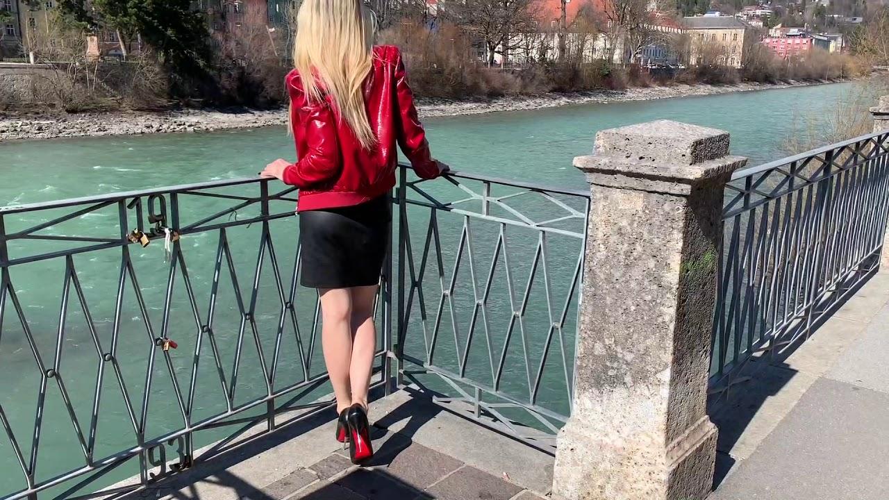 Bupshi - stroll trough Innsbruck