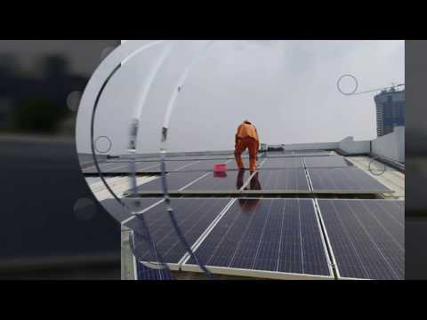instalasi-solar-panel-plts-7000-watt-di-atap-rumah-untuk-kegiatan-kantor