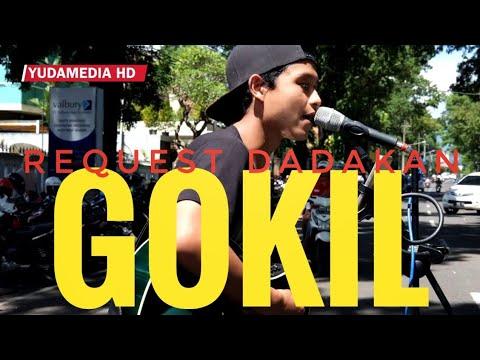 DESEMBER - Efek Rumah Kaca (Cover Dadakan Street Musician Malang)