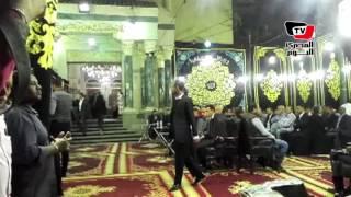 أحمد عز ونجلي محمود عبدالعزيز في عزاء عمرو وشريف عرفة