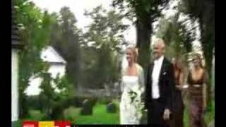 Kronprinsessan Victoria & Daniel på Sophie de Geers bröllop