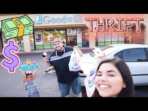 Family Vlogs/Fresno Goodwill Thrifting Haul/Yardsale
