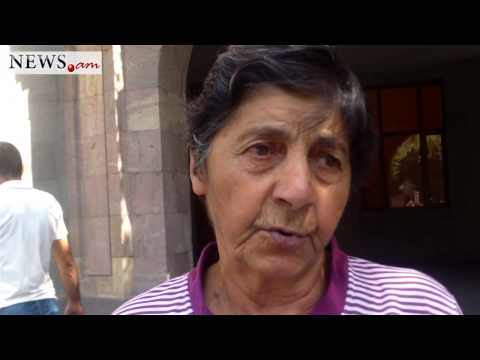 Armenian woman asks to help her repay granddaughter's tuition fee loan