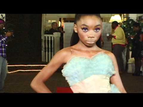 Diva davanna walks trendy walk fashion show youtube - Fashion diva tv ...