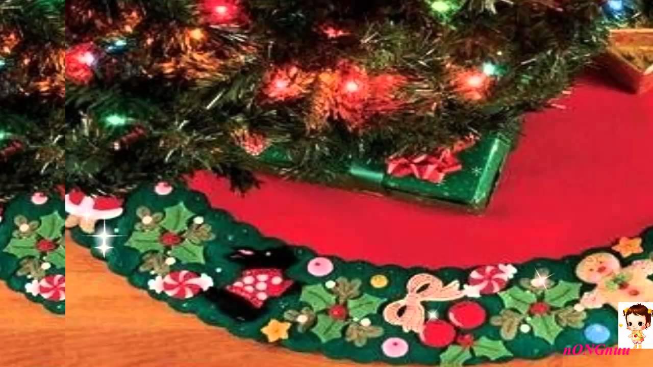 Best Bucilla Mary39s Wreath Felt Applique Treeskirt Kit 43