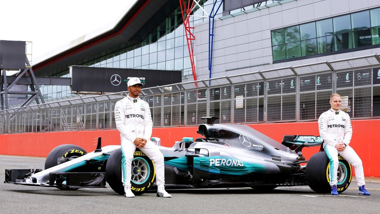 2017 Mercedes Amg Petronas F1 Car Reveal Photoshoot W08 Lewis