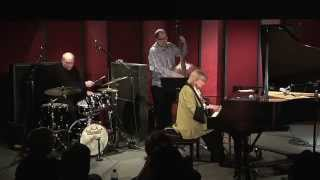 Beegie Adair Trio - Autumn Leaves