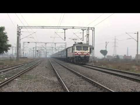 19024 Firozpur janta express with sore throat WAP5