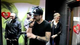 Repeat youtube video Speak feat. Brighi & Cabron - Prada de razboi (Live la Radio ZU)