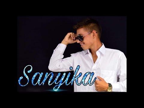 Bencze Sanyika - Bolond ez a szerelem (Official music video) letöltés