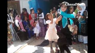 Ghazal Music - Afghan girl dancing on wedding 2014