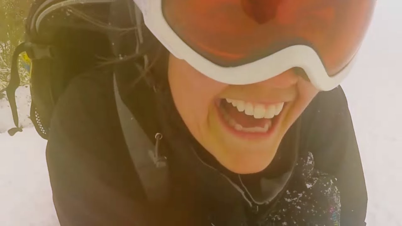 Download AVALANCHE  GIRLS - Rad Powder Snowboarding Session (Uncut/Unsensored)