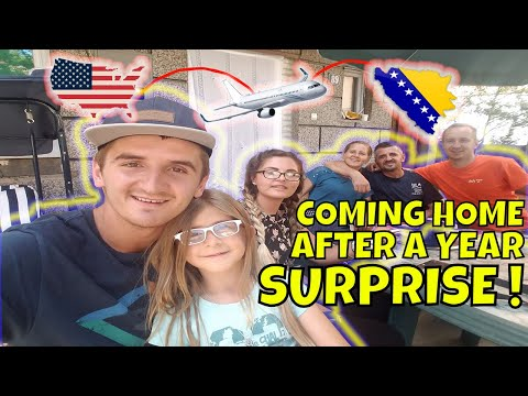 Flying Home Surprising Family After Living In Usa For A Year