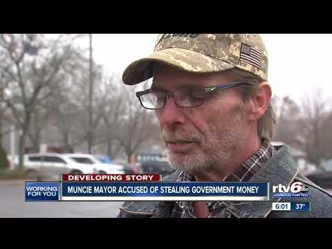 Muncie Mayor Dennis Tyler arrested by FBI