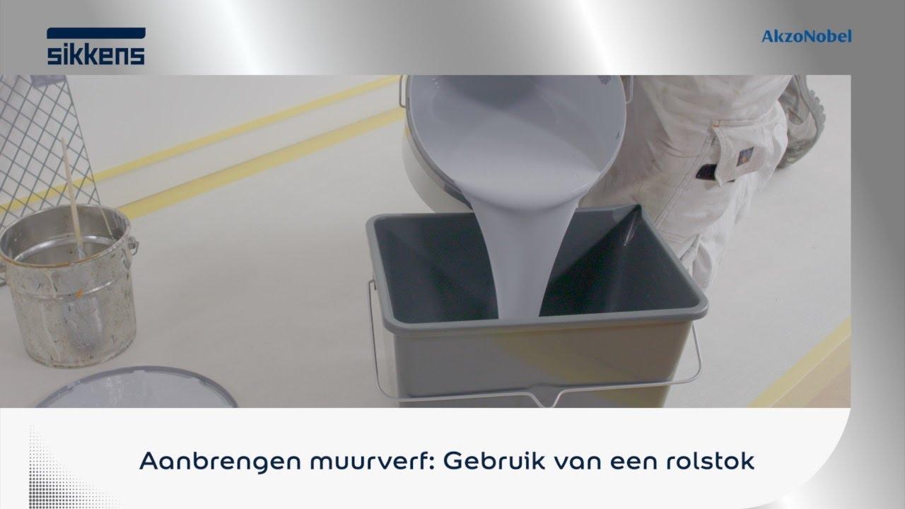 Gamma Badkamer Muurverf : Aanbrengen muurverf gebruik van een rolstok youtube