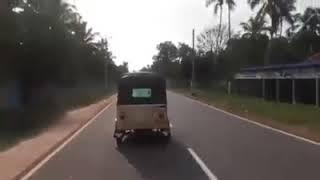 Funny Auto Rikshaw Stunt | Top Virals |