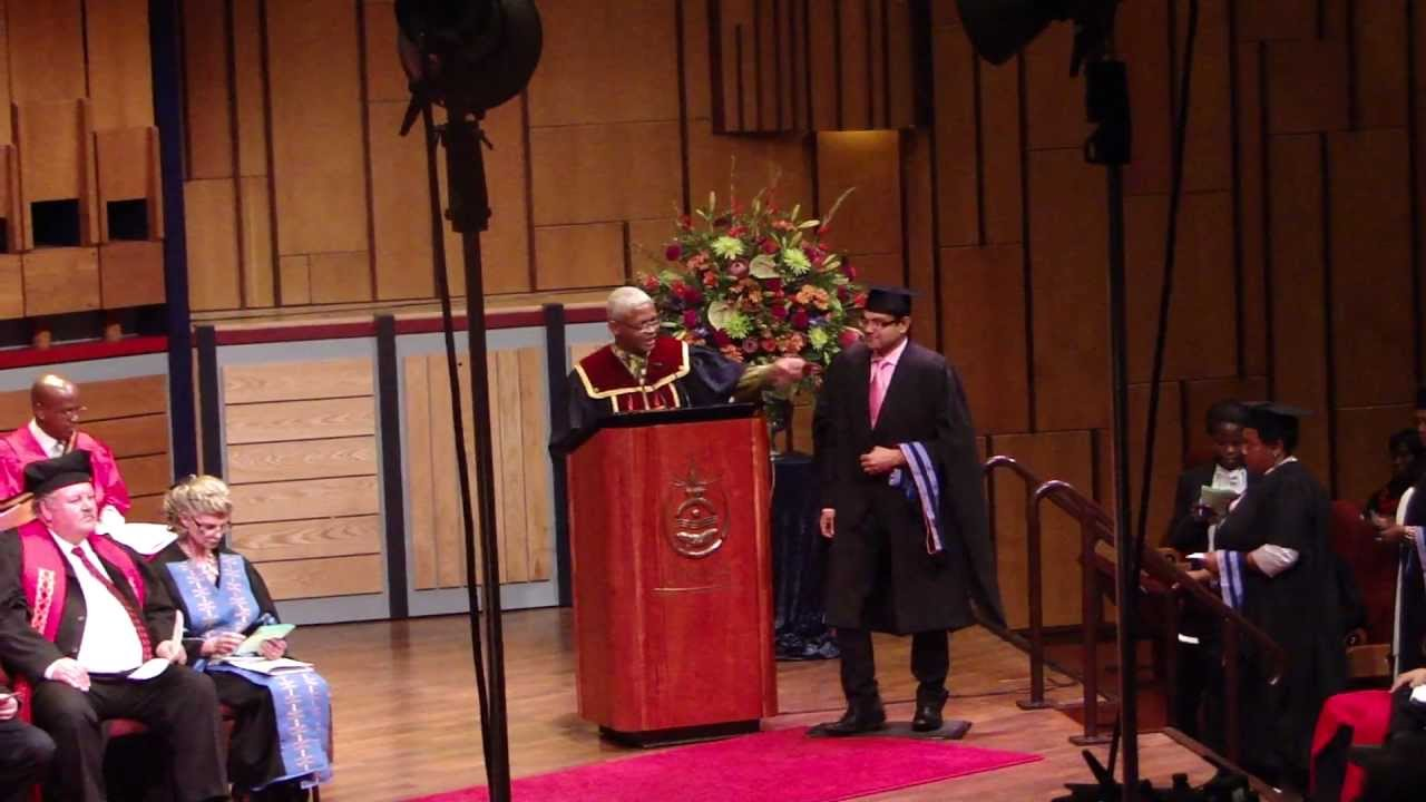 Graduation Ceremony Unisa - YouTube