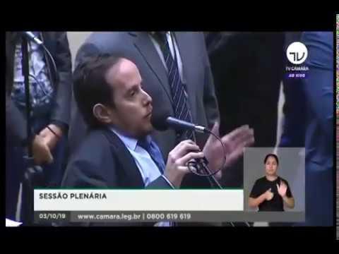 Paulo Ganime parabeniza Luiz Lima e colaboradores do Projeto que altera a Lei Maria da Penha